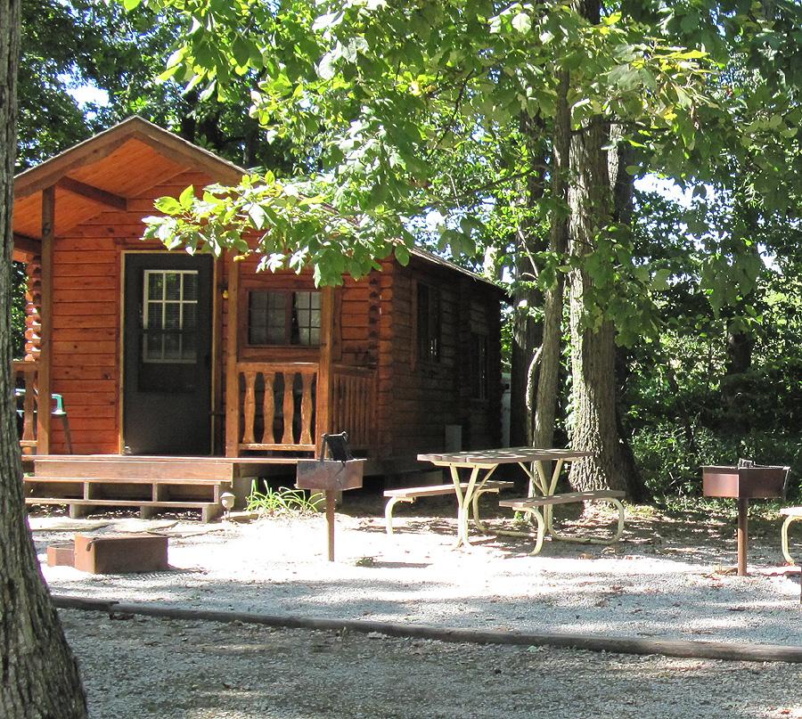 Lake Shelbyville Log Cabin Rentals